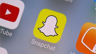 Snapchat Partners With Fitbit, Netflix Tinder For New Features