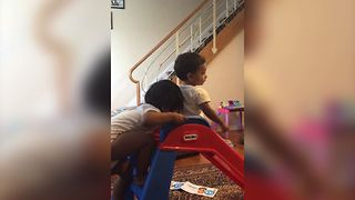 Sisters Squabble Over Slide - Video