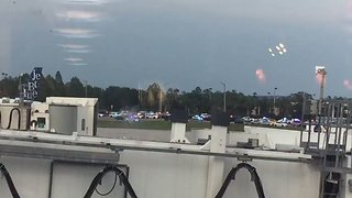 Police Surround Orlando Airport After Sighting of Armed Man - Video