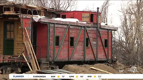 Louisville family working to restore 105-year-old train caboose