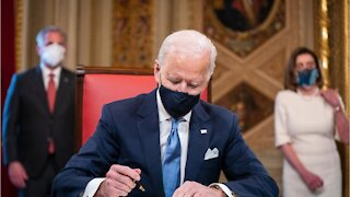 Biden Extends Pause On Student Loans