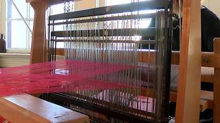 Tulsa woman launches business with her own loom - Video