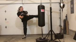 Heavy bag workout 14