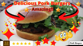 Delicious recipes: How to make juicy pork burgers