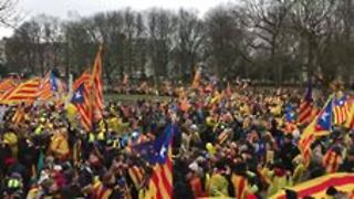 Demonstrators Call for EU Support of Catalan Independence at Brussels Rally - Video