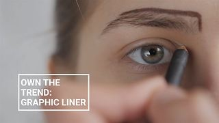 Winter make-up looks: Graphic liner - Video