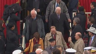 Bernie Sanders arriving to the 2017 Presidential Inauguration - Video