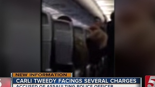 Disorderly Passenger Removed From Plane At BNA - Video
