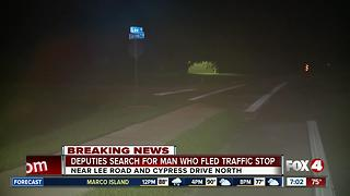 Deputies search for man who fled traffic stop in San Carlos Park - Video