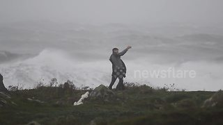 Couple takes selfies as Storm Ophelia hits Northern Ireland - Video