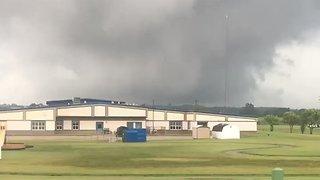 Tornado-Warned Storms Roll Into Owensboro, Kentucky