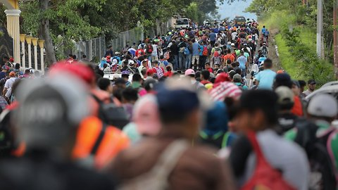 Honduran Migrant Caravan Continues Trek Toward US-Mexico Border