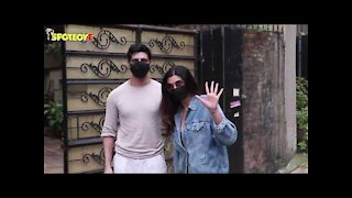 Sushmita Sen with Beau Rohman Shawl Snapped at Bandra | SpotboyE