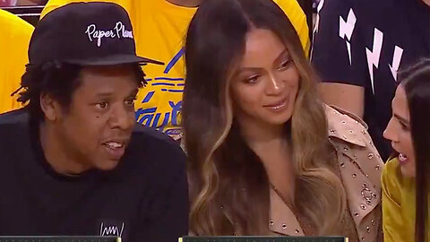 Beyhive ATTACKS After Beyonce Gives Woman The STINK Eye For Ignoring Her & Talking To Jay Z!