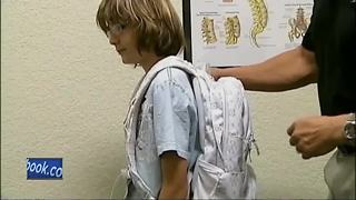 Choosing the right backpack - Video