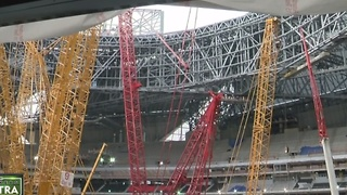 Man overseeing construction of new Falcons stadium has Wisconsin connection - Video