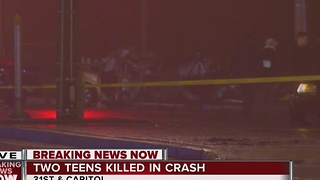2 Milwaukee teens die after crashing stolen car during police pursuit - Video