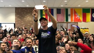 Will Ferrell Campaigns for Stacey Abrams in Georgia - Video