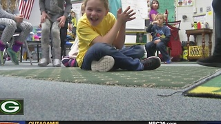 Students Send Letters to Lambeau - Video