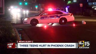 BREAKING: 4 people hurt - including 3 teens - in Phoenix crash - Video