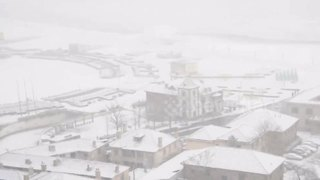 Heavy snow hits eastern China - Video
