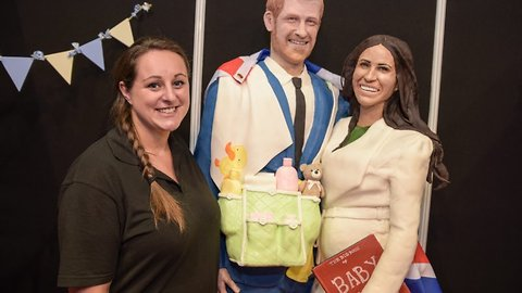 Bun's not the only thing in the oven! Baker makes life-sized cake of Harry and Meghan