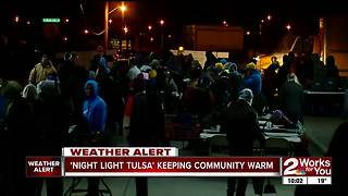Community group works in freezing temps helping homeless - Video