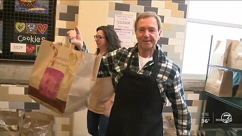7Everyday Hero: Project Angel Heart volunteer dishes up meals for critically ill in Colorado