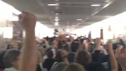 Silent Anti-Kavanaugh Protest Moves Through Washington Senate Offices