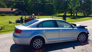 Two-car crash in Willoughby Hills kills one person - Video