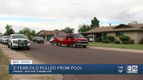 2-year-old in critical condition after falling into pool near 35th and Peoria avenues