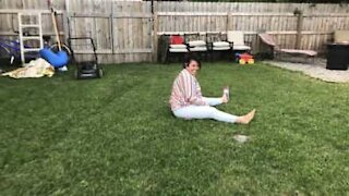 Mom makes son laugh after failed cartwheel attempt