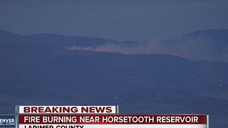 Fire burns near Horsetooh Reservoir - Video