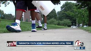 Local Program Inspires Teens To Work and Clean Up Their City - Video