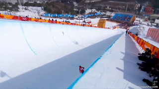 Olympic Halfpipe Skier Finishes Run Without Any Tricks - Video