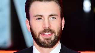 'Captain America' Star Chris Evans' Snack Ratings Spark Debate