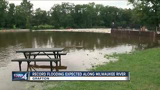 Record flooding expected on the Milwaukee River - Video