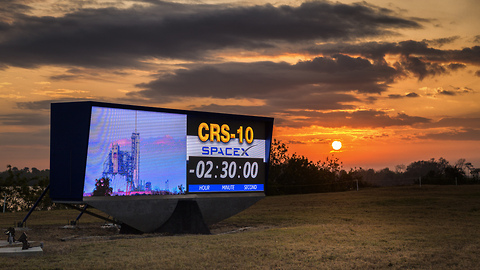 Rebirth of fire! LC-39A resumes operations with SpaceX CRS-10 launch