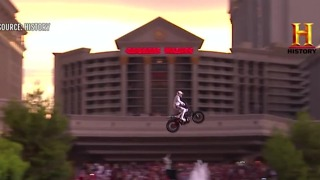 Travis Pastrana recreates Evel Knievel stunt - Video