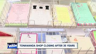 Online business forces local wedding company to close - Video