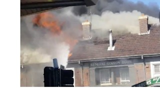Sydenham's General Gordon Hotel Consumed by Flames - Video