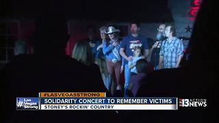 Solidarity concert at Stoney's Rockin Country - Video