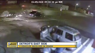 3 vehicles involved in crash on Detroit's east side