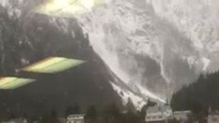Dramatic Video Shows Avalanche Roll Towards Juneau, Alaska - Video
