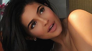 Kylie jenner FANGIRLS Over THIS Series! - Video