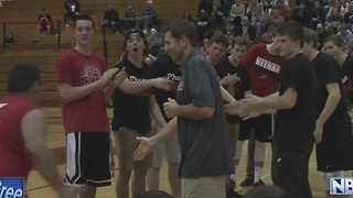 Neenah basketball teams go head to head for Special Olympics - Video