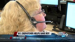 911 dispatcher helps Tucson dad save his son - Video