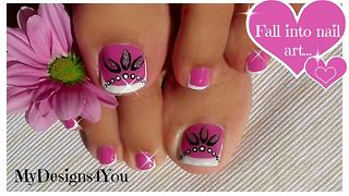 Pink and silver 'beads' effect toenail art - Video