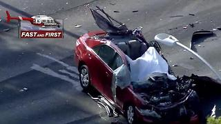 1 dead, 2 injured in police chase - Video