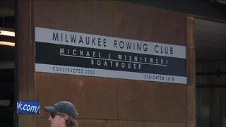 Milwaukee Rowing Club breaking racial barriers - Video